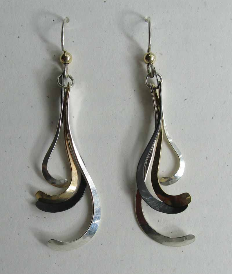 4 Curls Earrings in Mixed Metals
