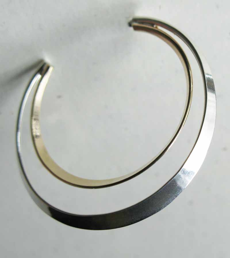 Double Hoop in Mixed Metals
