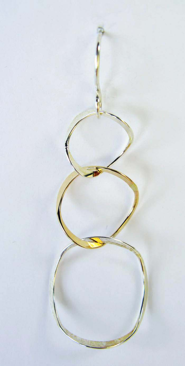 Earrings  - 3 Rings in mixed metal