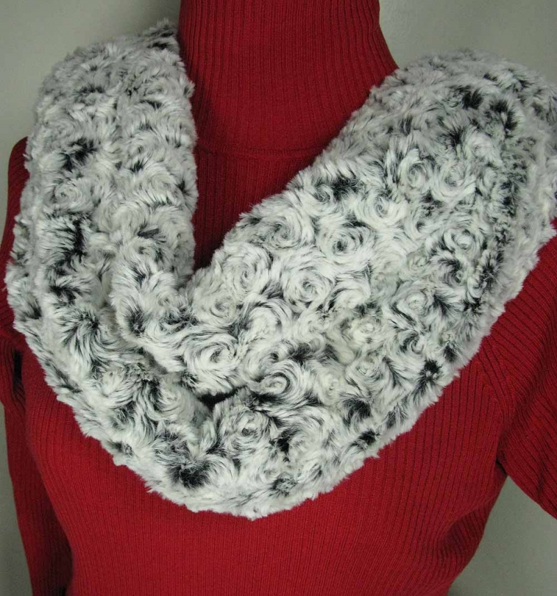 Infinity Scarf in Black Rosebud Faux Fur