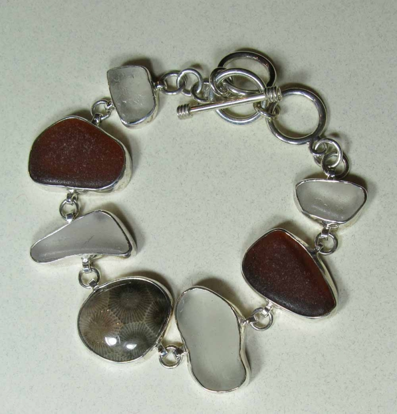Bracelet in Beach Glass and Petoskey Stones