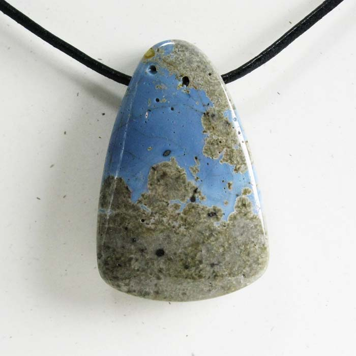 Triangle Leland Blue Stone Side-Drilled