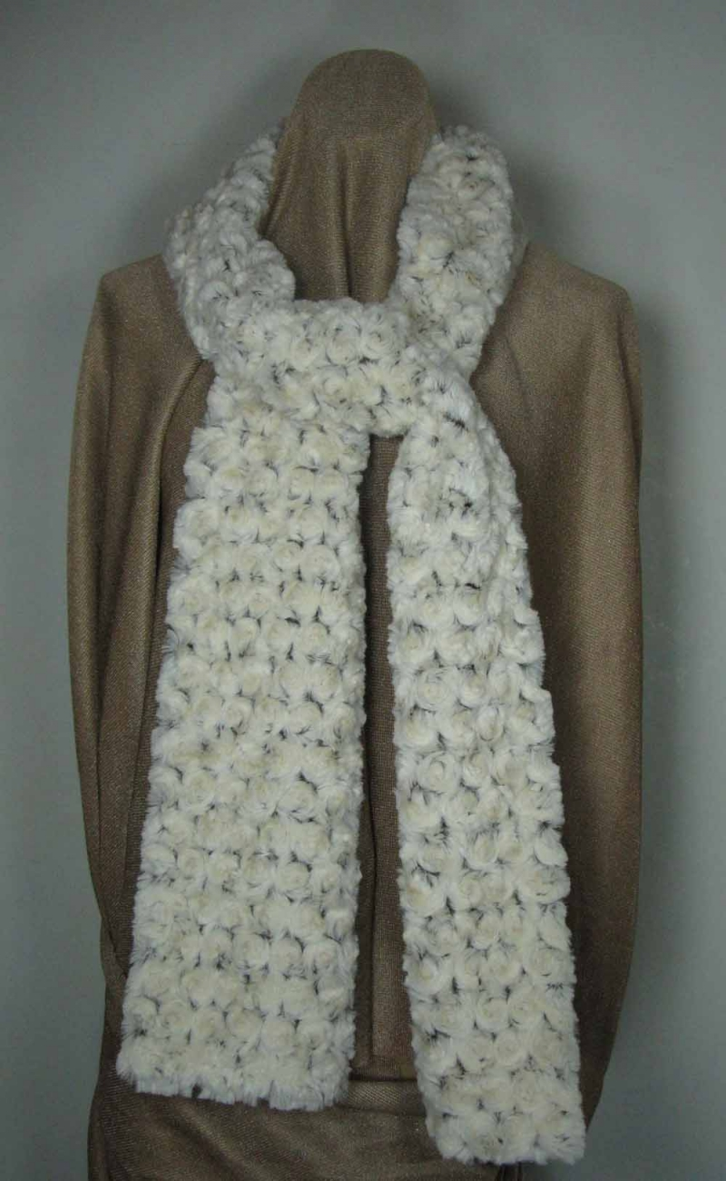 Faux Fur Scarf in Brown Rosebud