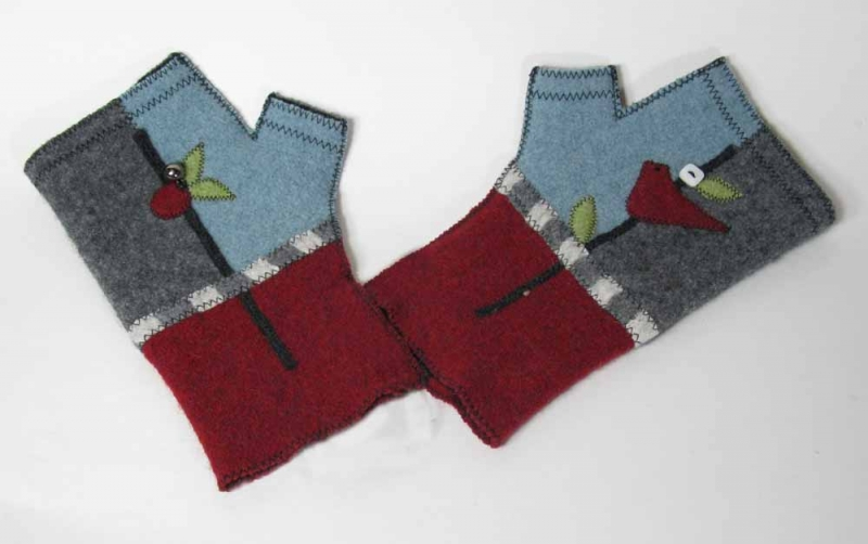Wool Fingerless Gloves - Red Bird