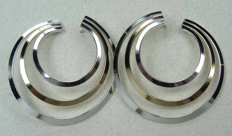 Large Circle Post Earrings