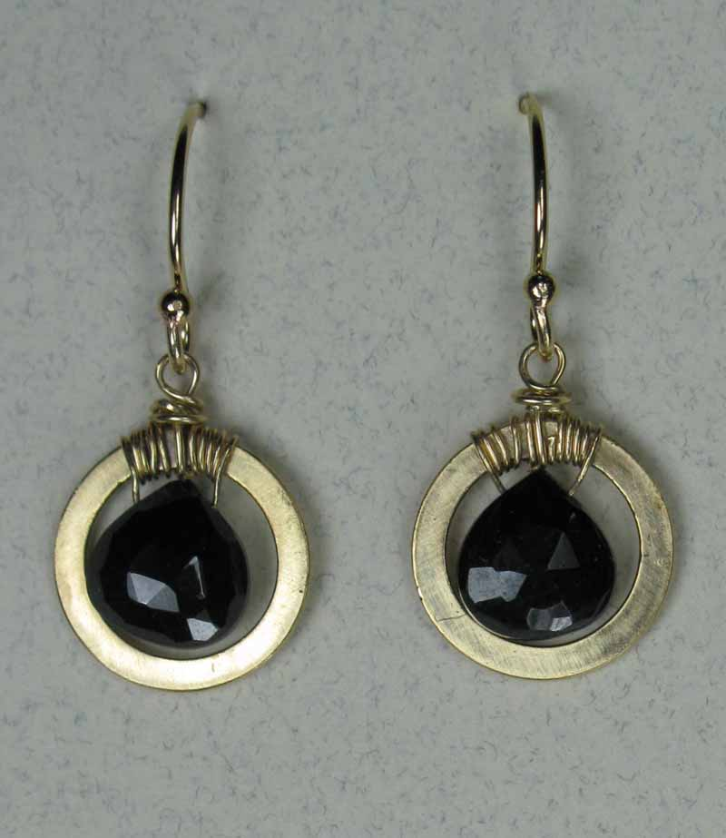 Earrings with Black Spinel Briolette in Gold