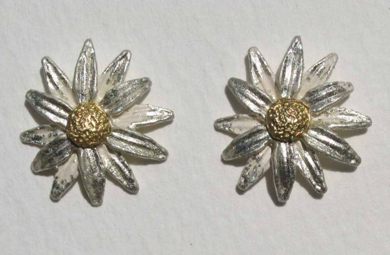 Daisy Earrings Post or Clips