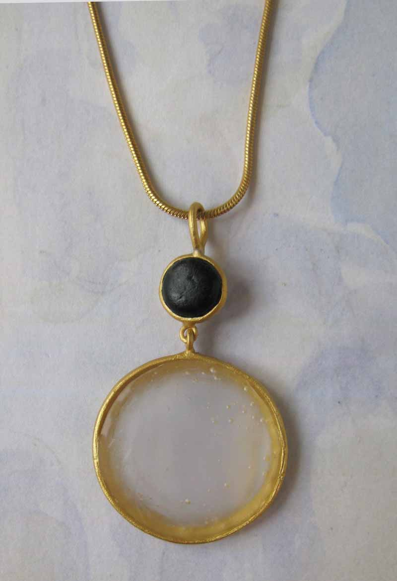 Round Cast Glass Necklace in Pearl-Black