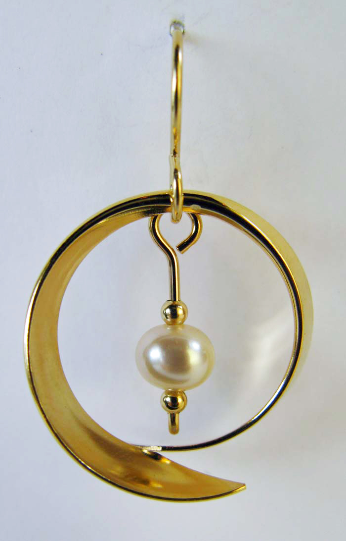 Hoop with Pearl Earrings