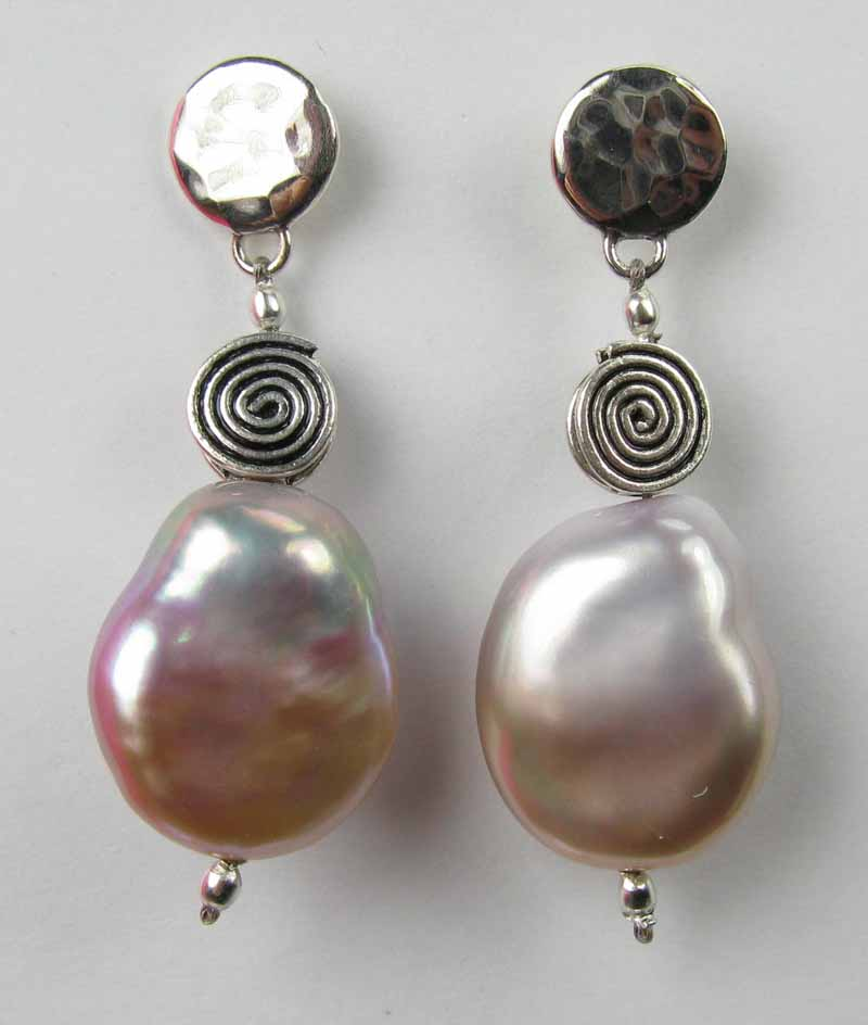 Grand Blush Pearl Earrings