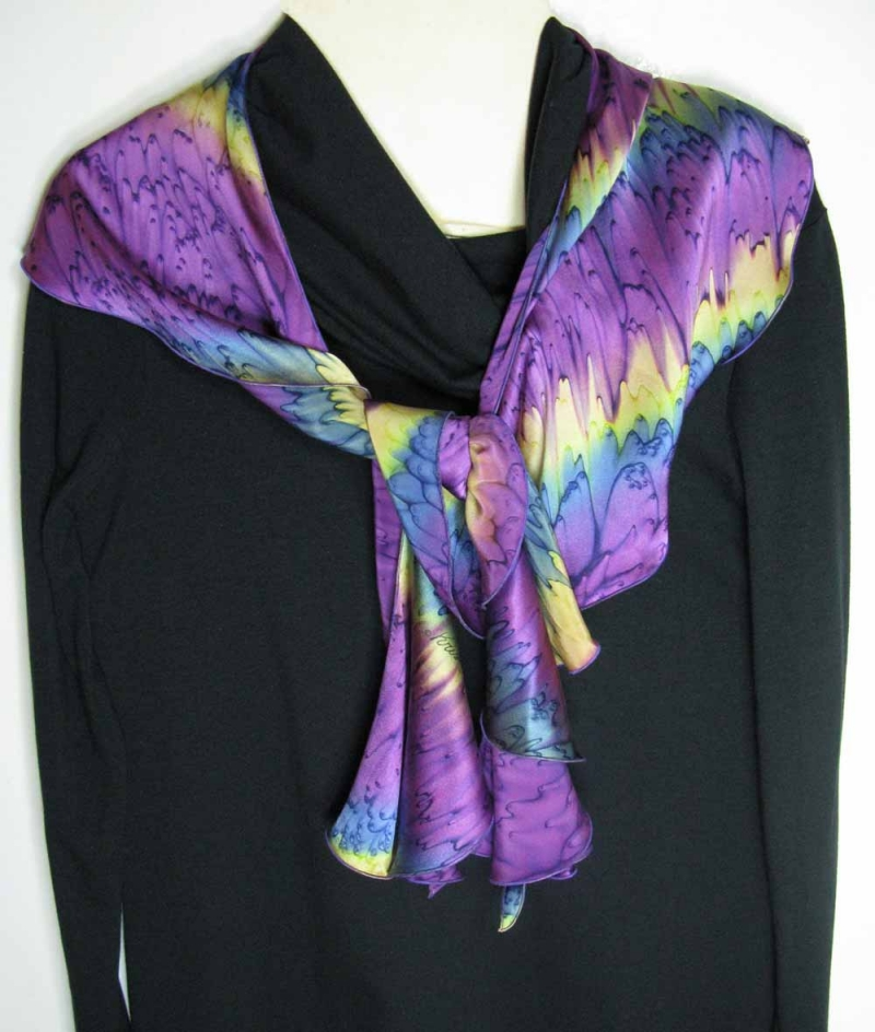 Swirl Scarf in Mulberry