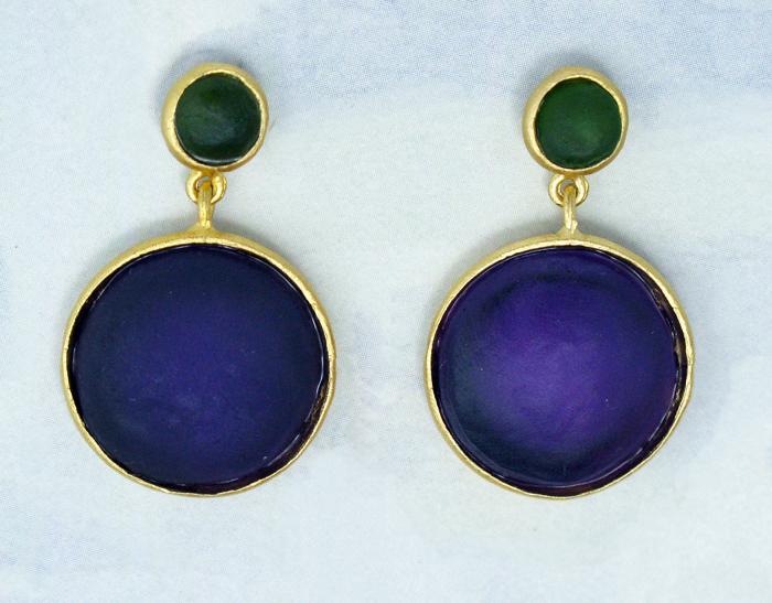Cast Glass Post Earrings In Olive Purple