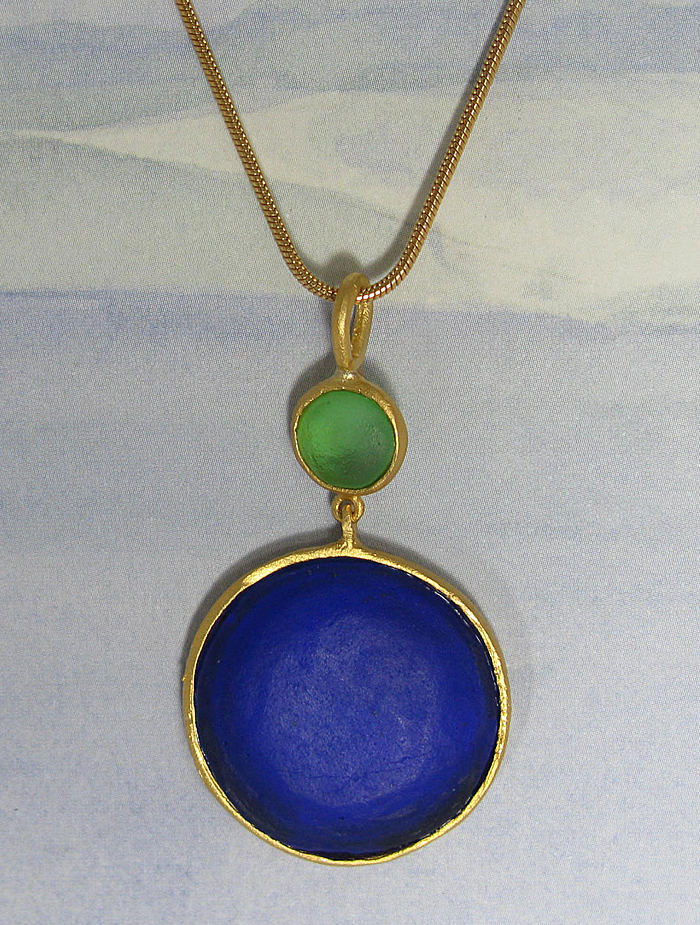Round Cast Glass Necklace in Peridot-Cobalt