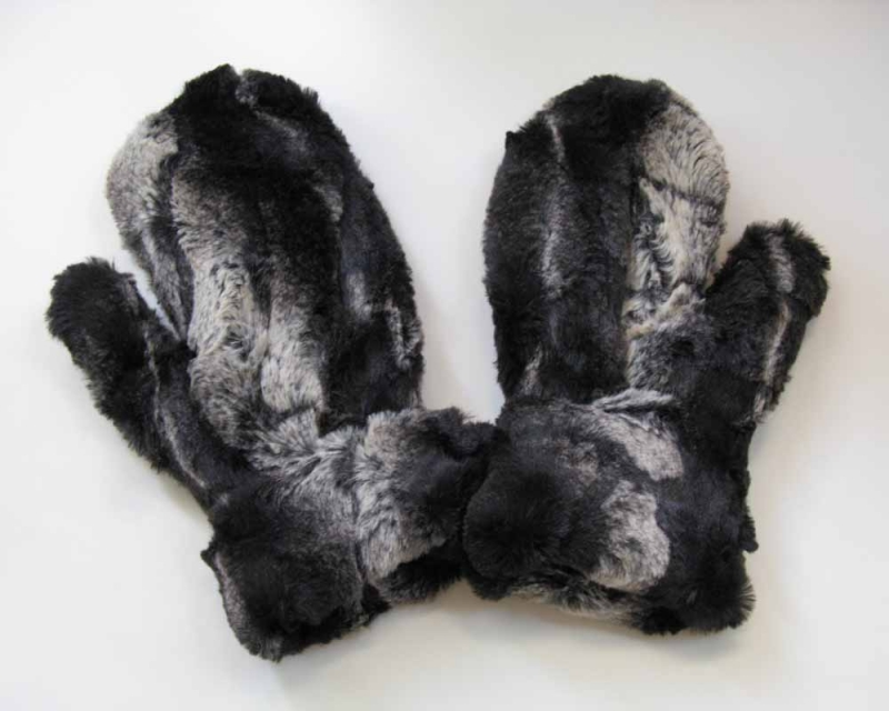 Faux Fur Mittens in Honey Badger/Black