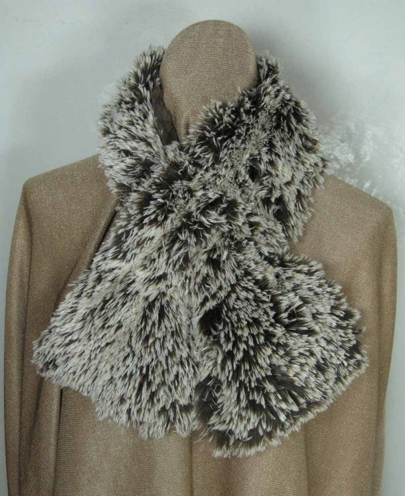 Pull Through Scarf in Brown Tipped Fur