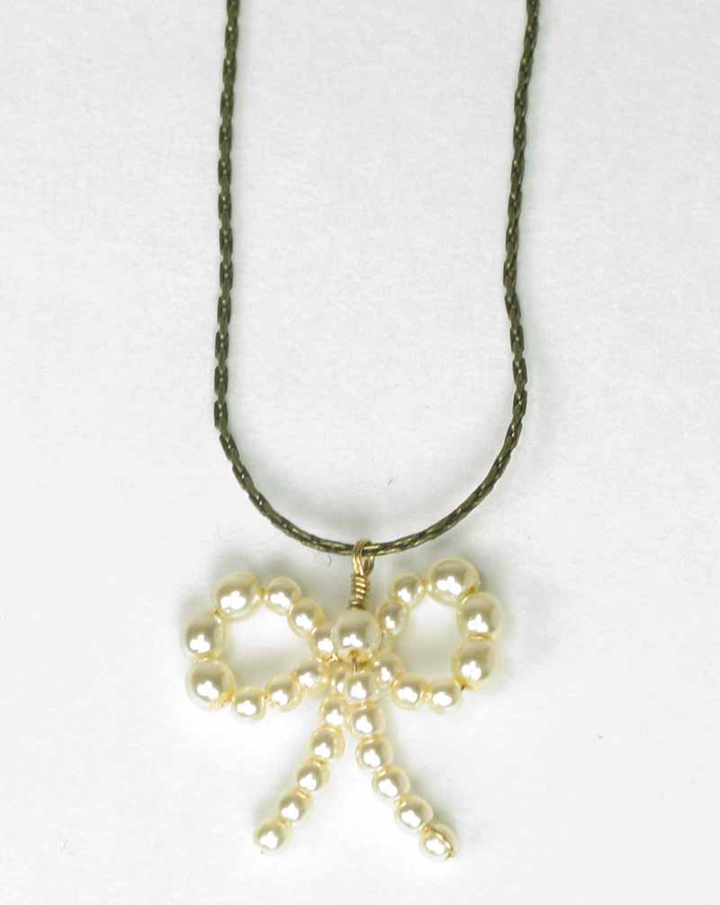 Antique Bow Necklace