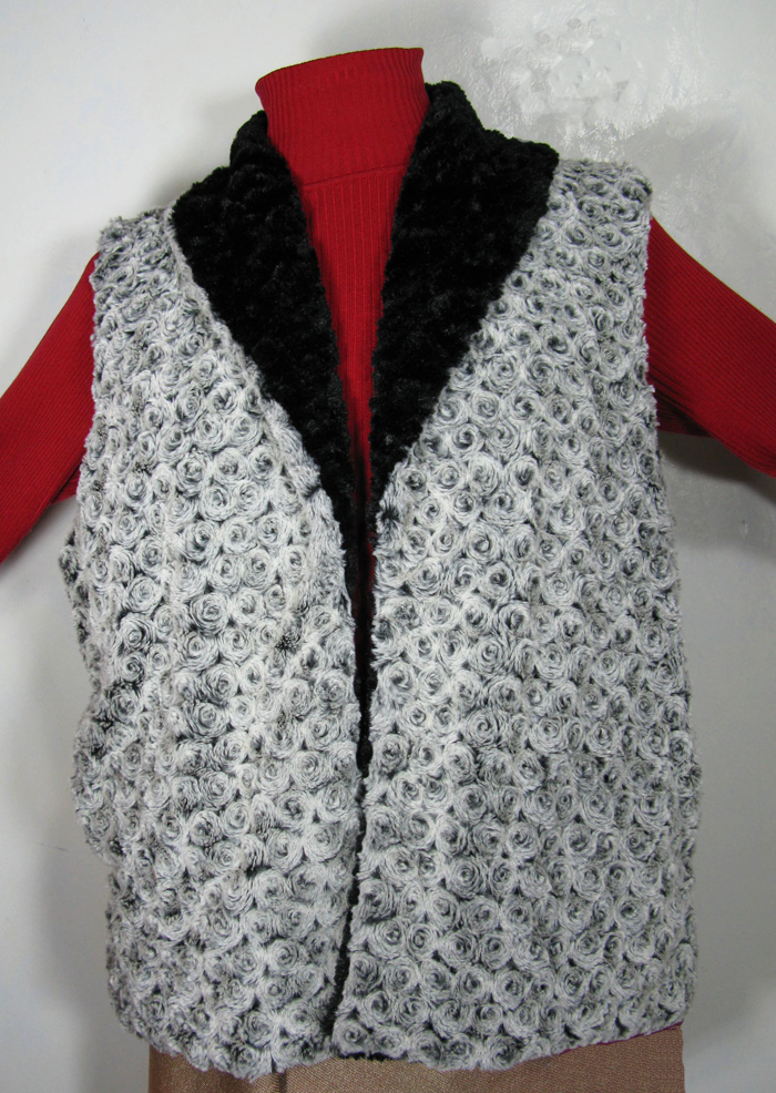 Reversible Vest in Black Rosebud/Cuddly Black Faux Fur