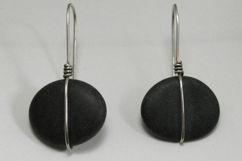 Beach Stone Earring Simple Wrap - short